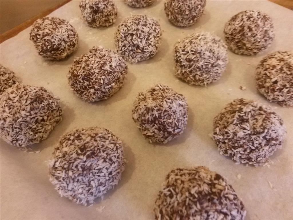 chocolate goji protein truffles